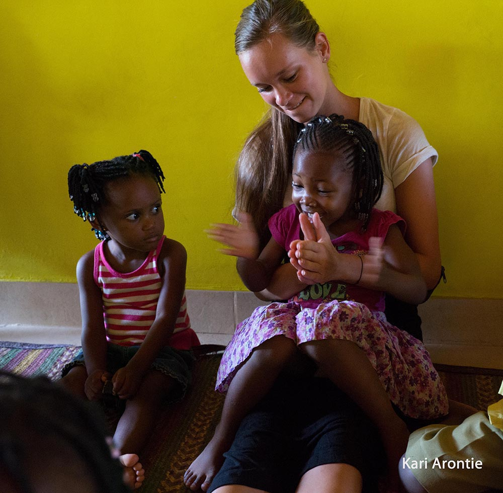 Volunteering in a nursery school in Tanzania in Africa